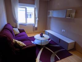Interesante piso en Pumarín, Gijón. Tres habitaciones, salón, amplia cocina, baño con ventana y despensa. Ultima planta con ascensor. photo 0