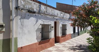 Casa en Avenida principal de Acehuche (Cáceres) photo 0