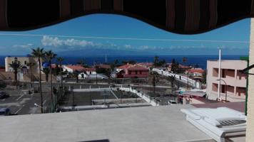 Se vende apartamento reformado en Playa Santiago photo 0