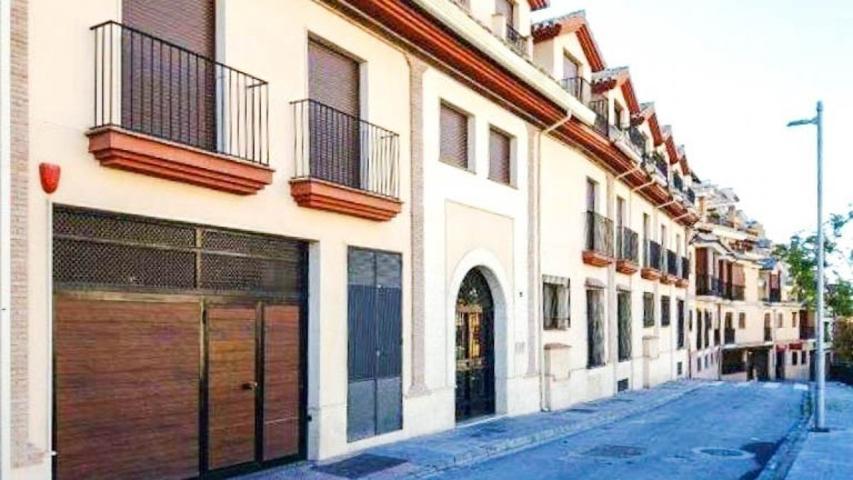 Bonito apartamento, A ESTRENAR, situado en el pueblo de Monachil. photo 0