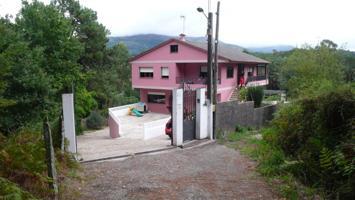 Casa con 3 viviendas photo 0