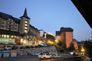 Loft En venta en Avenida De Huesca, 4, Formigal photo 0