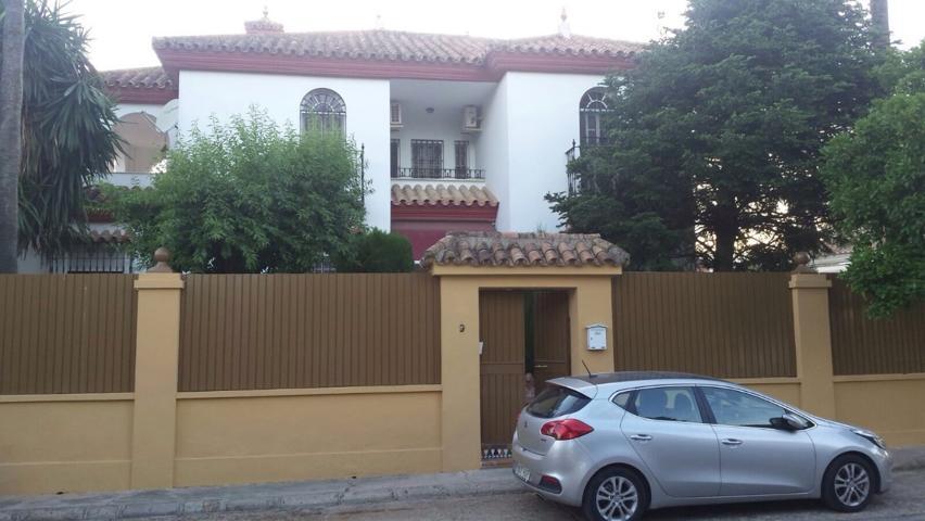 Casa En venta en Urbanización Urbanizacion La Motilla, Dos Hermanas photo 0