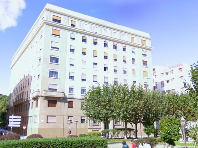 Piso En venta en Praza De As Atochas, A Coruña Capital photo 0