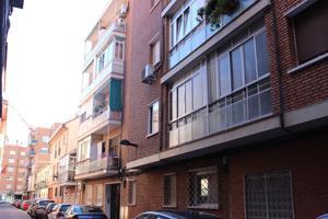 Piso En venta en Calle Huertas, San Isidro - Los Almendros, Alcalá De Henares photo 0