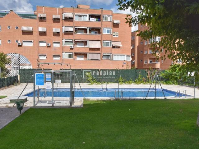 Se vende piso de 4 dormitorios en zona Hispanoamérica.  photo 0