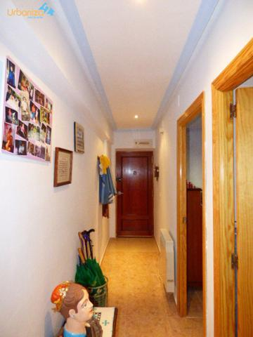 apartamento reformado de 2 habitaciones en planta baja photo 0