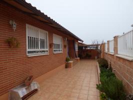 Casa En venta en Chiloeches photo 0