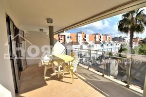 A ESTRENAR en edificio seminuevo con terraza, garaje y piscina photo 0