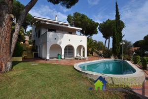 Chalet - Torre - Alella photo 0