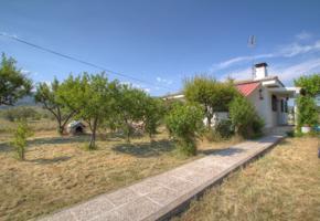 Chalet en venta con vistas en Oteruelo del valle, Rascafria photo 0