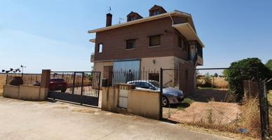 Casa En venta en Miralrio photo 0