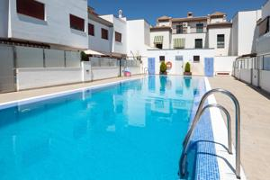 Preciosa casa adosada en la zona más valorada de toda Granada y su área metropolitana. ¡Oportunidad! photo 0