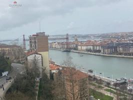 Se Vende Piso En Portugalete De 3 Dormitorios Con Vistas Al Abra photo 0