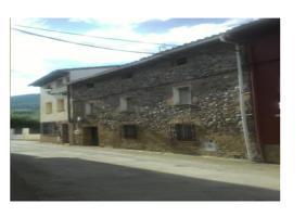 Casa En venta en Calle Don Buenaventura Uruñuela, 4, Santurde De Rioja photo 0