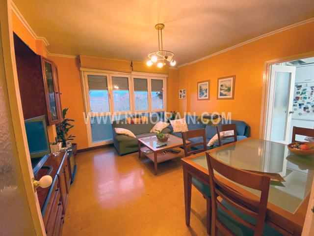 Se vende piso en el Paseo de Mons, en el barrio de Intxaurrondo. photo 0