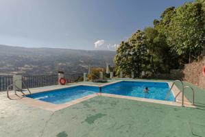 Casa en Bubión con piscina y estupendas vistas al valle photo 0
