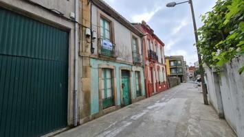 Casa Con Terreno Para Restaurar En Carril photo 0