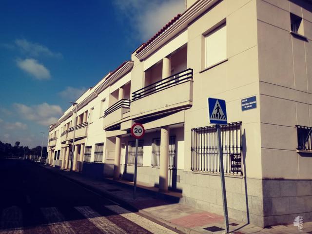 Unifamiliar Adosada en venta en Calle Vial 4, Talavera La Real, Badajoz photo 0