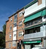 Piso en venta en Calle Juan De La Cosa, Alcalá De Henares, Madrid photo 0