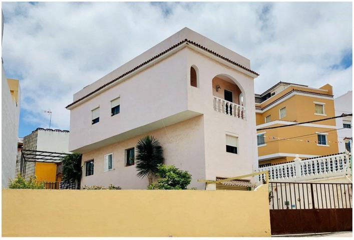 Casa De Campo En venta en Calle La Romería, Tamaraceite - San Lorenzo, Las Palmas De Gran Canaria photo 0