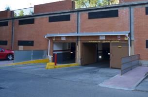 CHORRILLO. PLAZA SAN JOSÉ. Cómoda plaza de garaje con vigilancia. photo 0