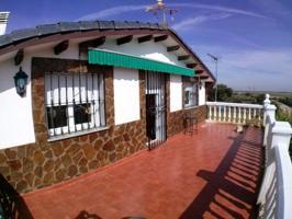 Chalet urbano a 25 minutos de Cáceres (1.445 metros parcela) photo 0