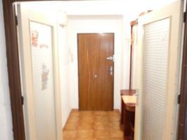 Piso en el chorrillo de tres habitaciones, baño y salón independiente  Se trata de un inmueble exterior y céntrico. Incluye traste photo 0