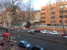 Piso En alquiler en Calle José María Pereda, Alcalá De Henares photo 0