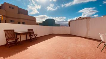 Piso de tres habitaciones y terraza cerca de la playa de Arinaga photo 0