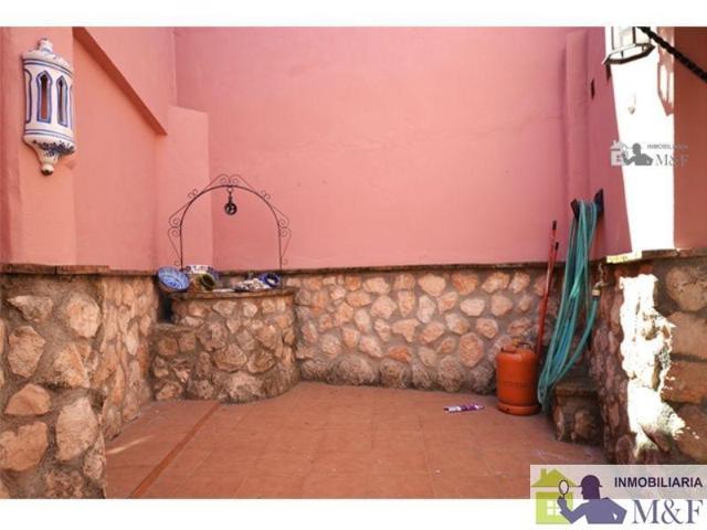 Unifamiliar Pareada En venta en Centro, Palma Del Río photo 0