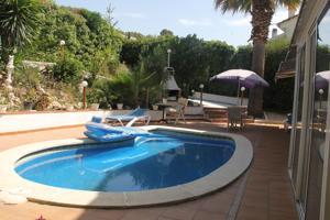 Casa En venta en Olesa De Montserrat photo 0