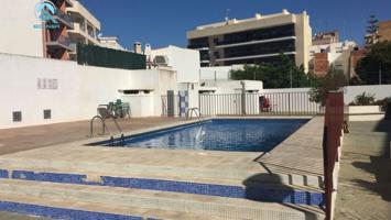 Se vende piso de 3 habitaciones en urbanización con piscina en Benicarló photo 0