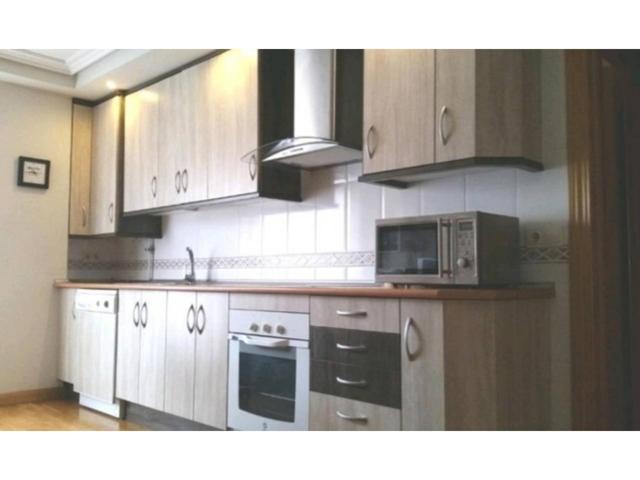 Apartamento en venta en Vistahermosa-Lasalle-Tejares photo 0