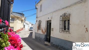 CASA ECONOMICA – OPORTUNIDAD photo 0