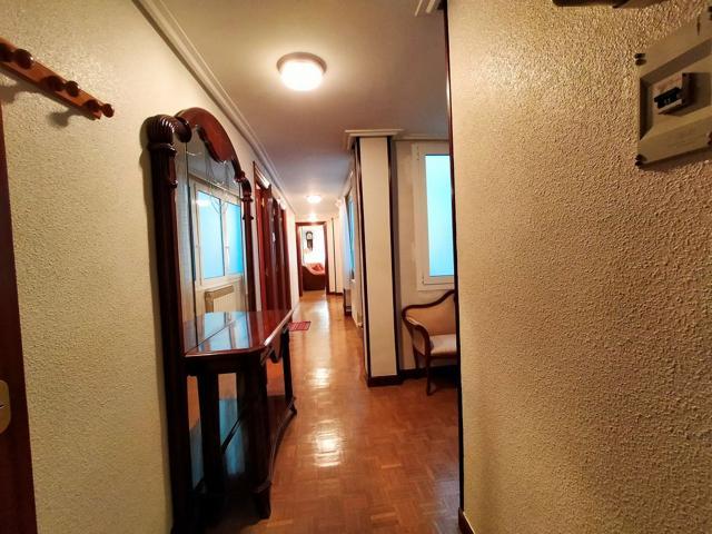 Piso en venta en Centro, 3 dormitorios. photo 0