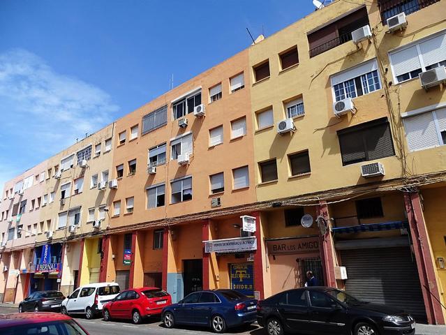 Piso en venta en ALCALA DE GUADAIRA (Sevilla) RAFAEL BECA 5 3º 4 photo 0