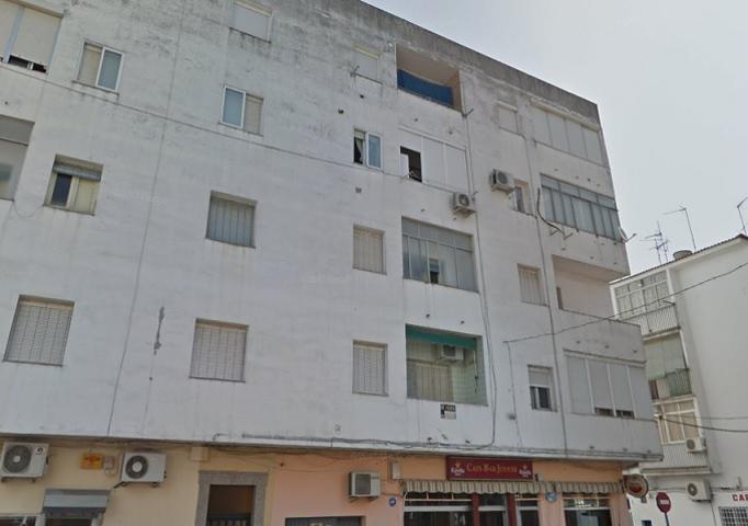 Piso en venta en MERIDA (Badajoz) MARQUES DE PATERNA 6 3º C photo 0
