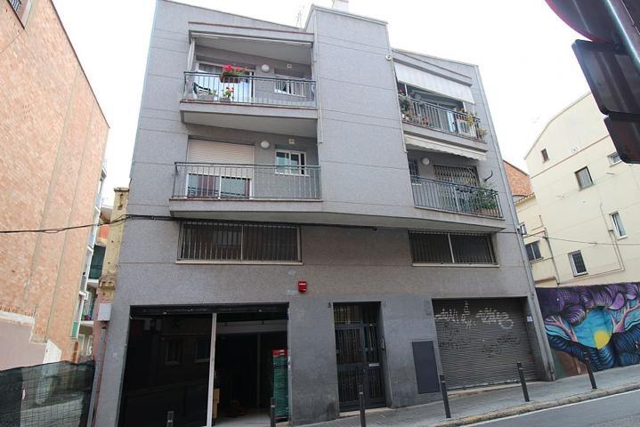 Comprar Locales Comerciales En El Carmel Barcelona Trovimap