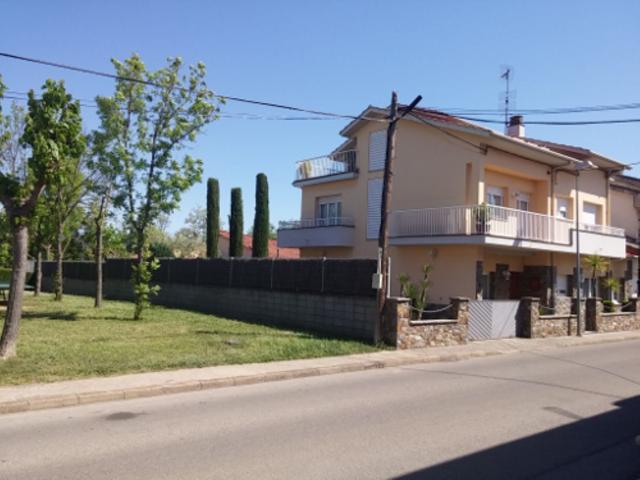 Casa En venta en Ginebre,, 61, Olot photo 0