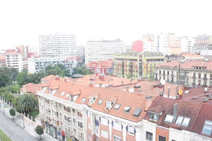 Loft En venta en Avenida De La Costa, Centro, 33208, Gijón photo 0