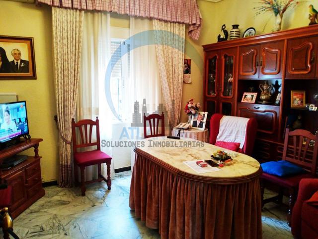 Casa en Venta en Miraflores - Cruz Roja photo 0