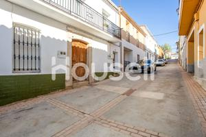 Casa En venta en Calle Doña María, Logrosán photo 0