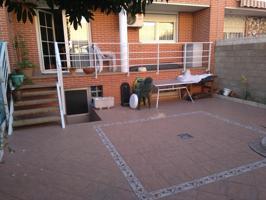 Estupendo adosado con jardín en zona Rinconada. photo 0