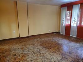 Estupendo piso en venta en Casco Histórico photo 0