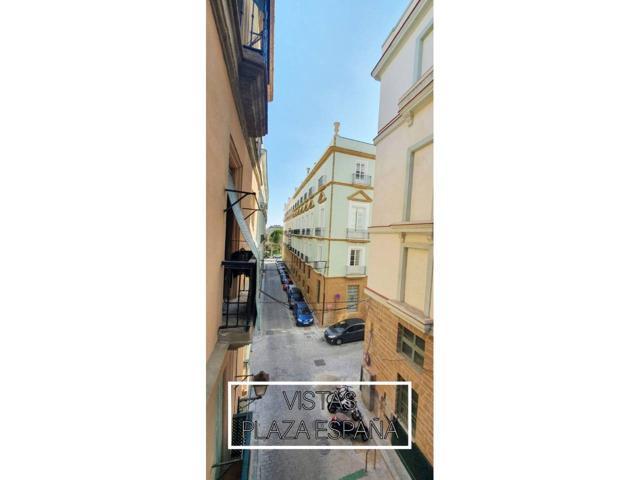 Piso En venta en Calle Conde O´really, Cádiz Capital photo 0