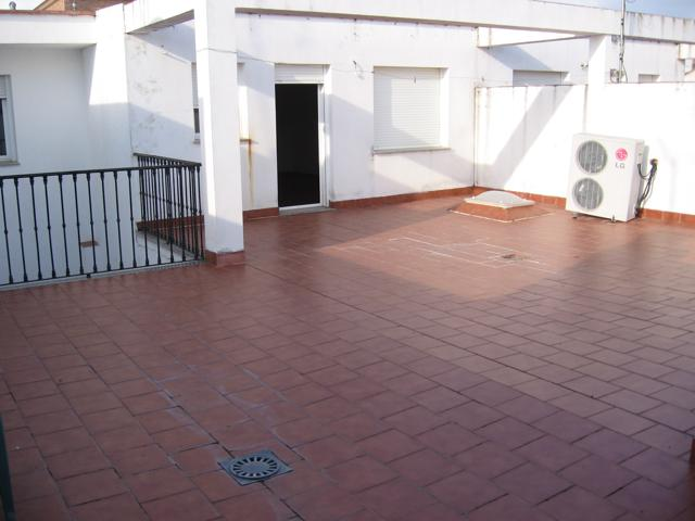 Piso En venta en Calle Botillas, Fuente Palmera photo 0