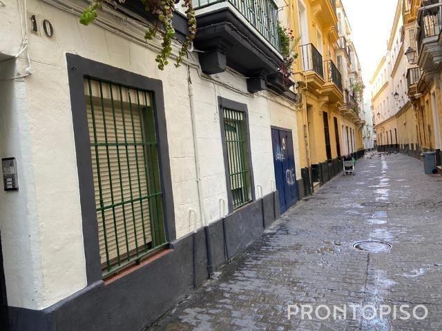 Piso en Venta en Cádiz photo 0