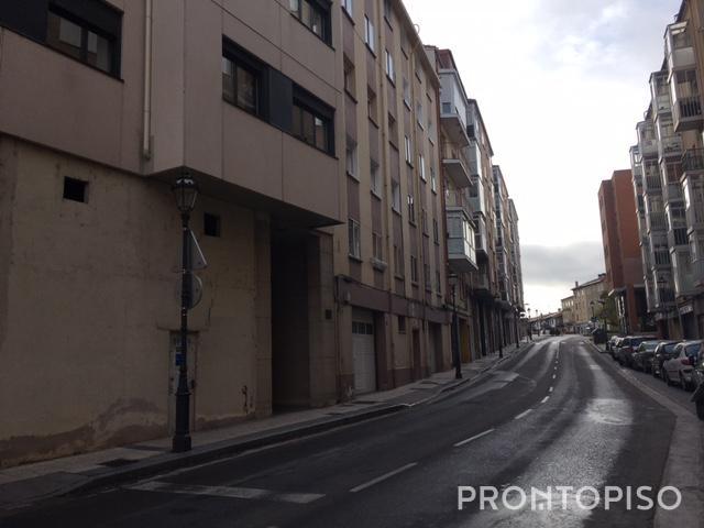 Piso en Venta en Burgos photo 0