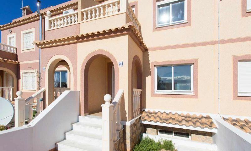 Bonitas casas de 2 dormitorios con sotano y solarium en Balsicas photo 0